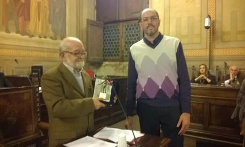 Gianlorenzo Casini ritira il primo premio della XVII edizione Premio Letterario Tagete della città di Arezzo