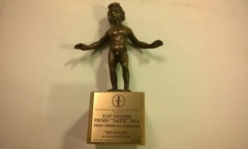 La statuetta del Premio Tagete con l'iscrizione